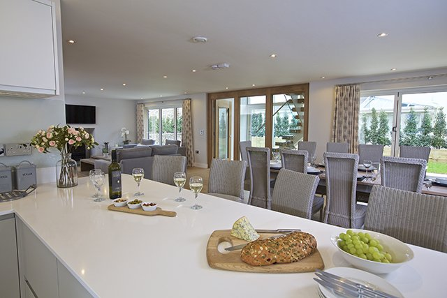 No3 The Drive Hillfield Village: available through Coast & Country Cottages