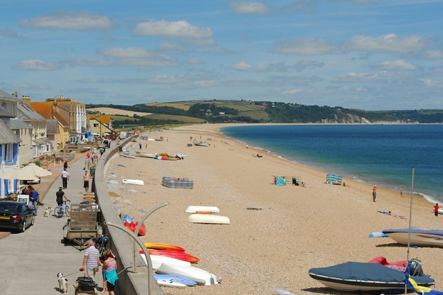 Torcross Beach © Blue Chip Holidays.jpg