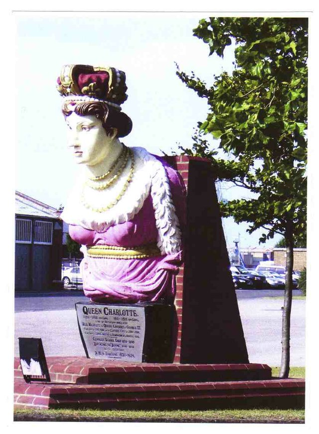 Figurehead HMS Queen Charlotte