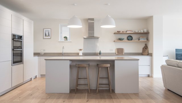 kitchen kingswear.jpg