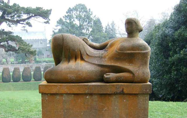 'Reclining Figure' - a sculpture by Henry Moore