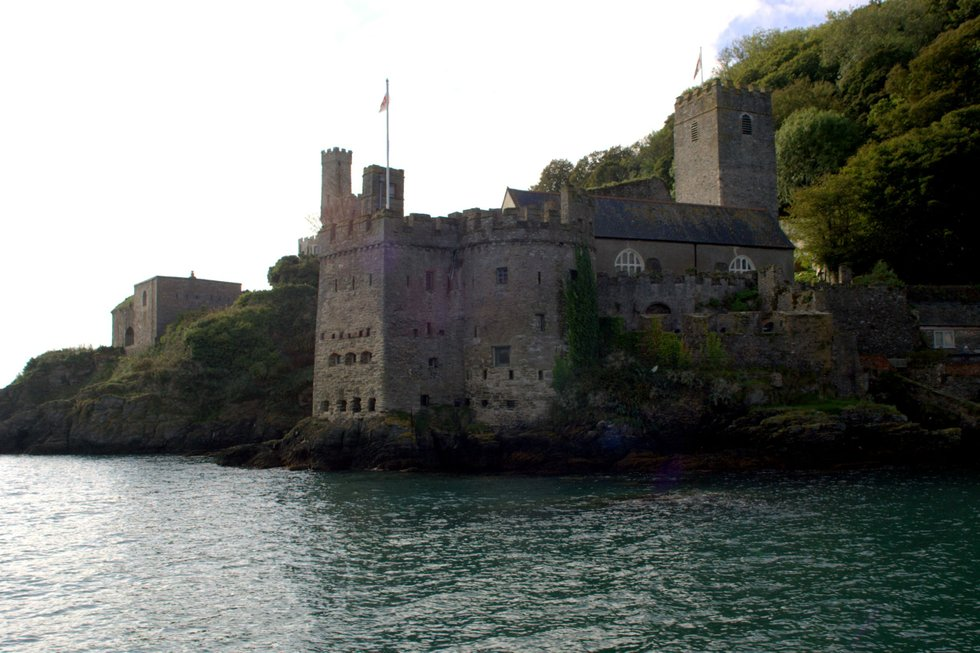 dartmouth castle   by the dart