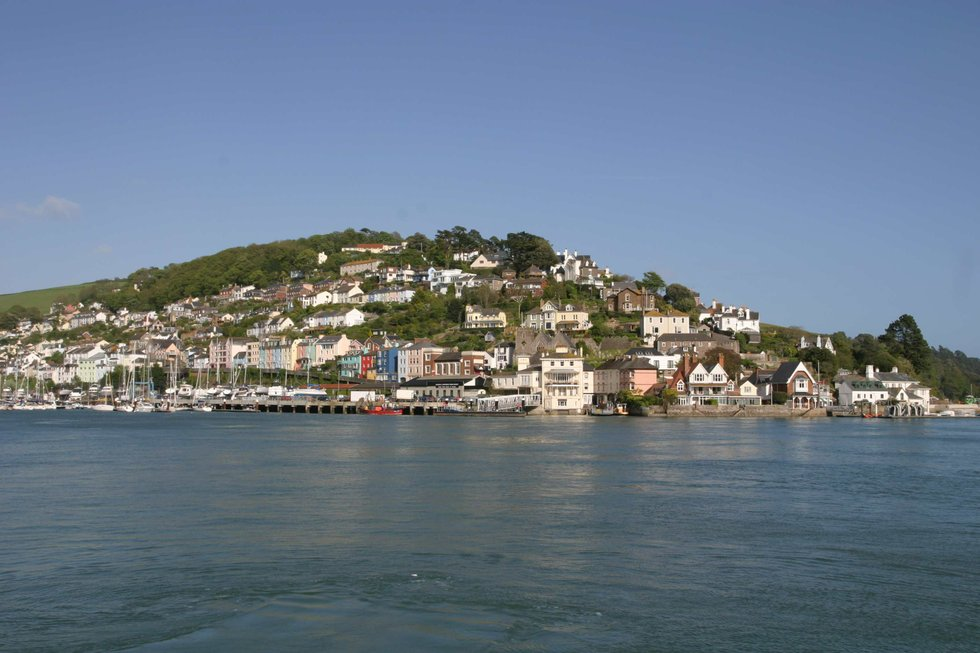 kingswear local village to dartmouth on the river dart