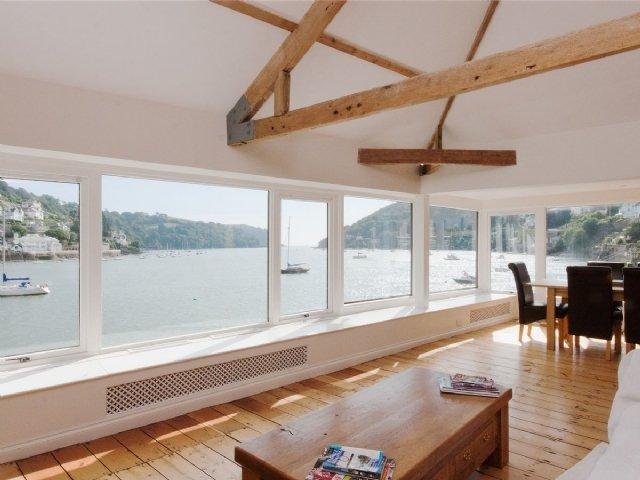 Beacon Boathouse, Dartmouth