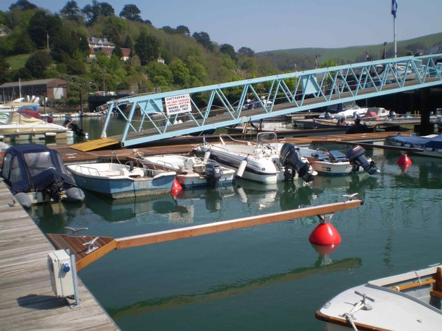 Around Kingswear pontoon