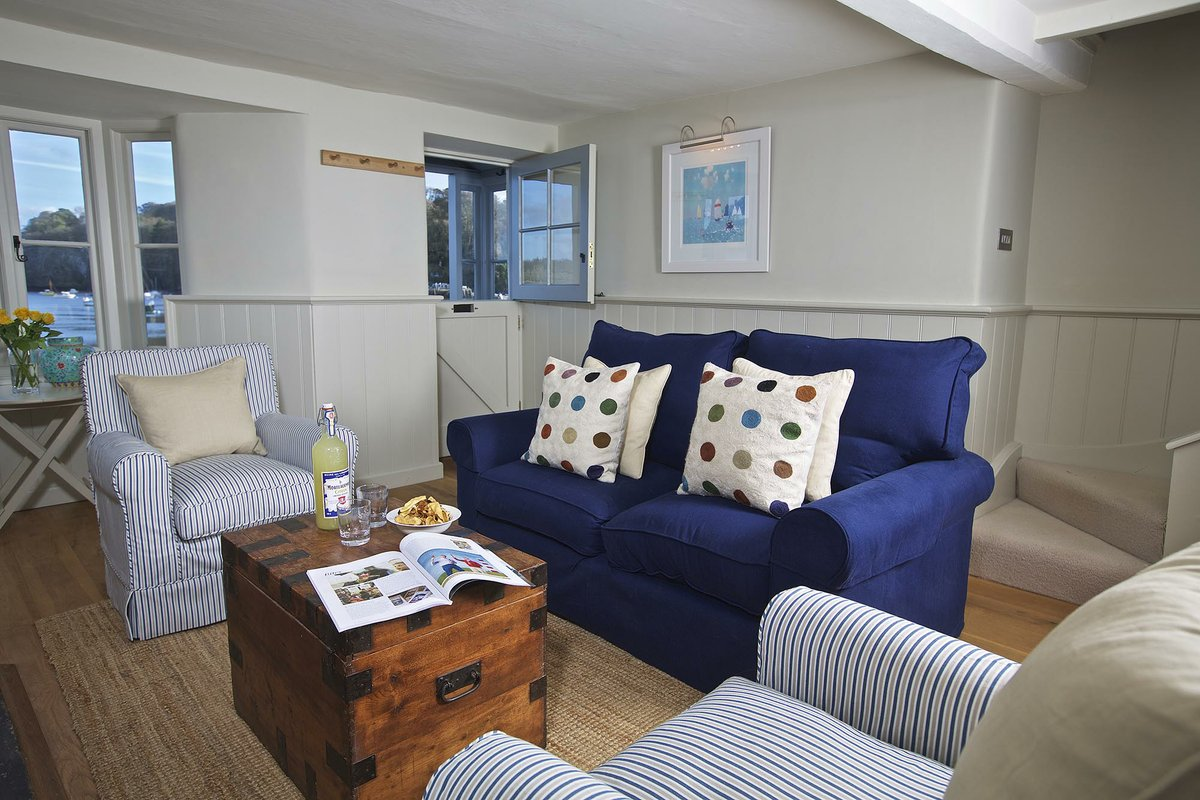Fine Coast Country Cottages Dartmouth By The Dart Download Free Architecture Designs Scobabritishbridgeorg