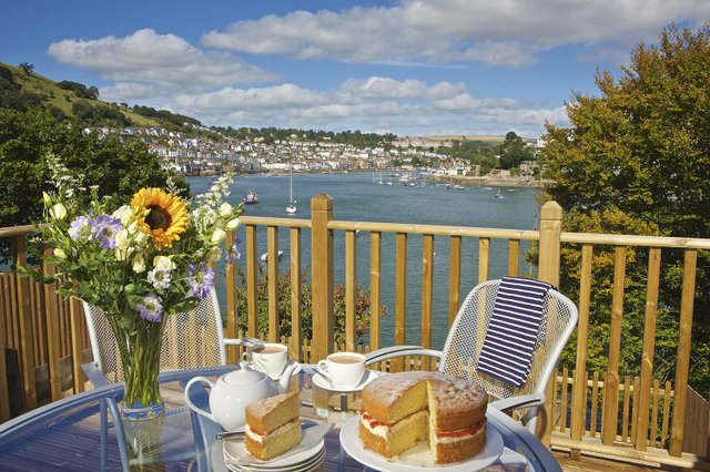 Awesome Coast Country Cottages Dartmouth By The Dart Download Free Architecture Designs Scobabritishbridgeorg