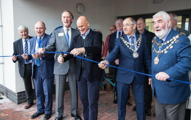 Duncan Goodhew cuts the ribbon the new Dartmouth Indoor Pool